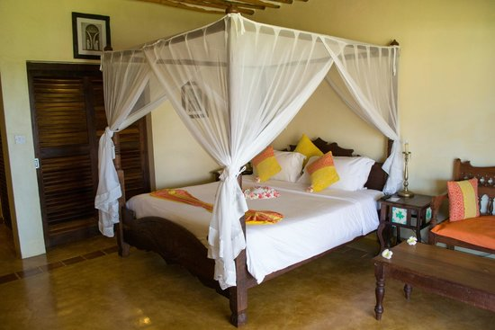 Neptune Pwani Beach Resort & Spa: Standard room