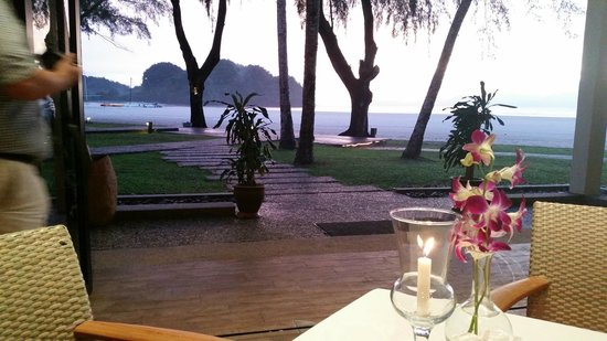 Tanjung Rhu Resort: Dining does not get much better.