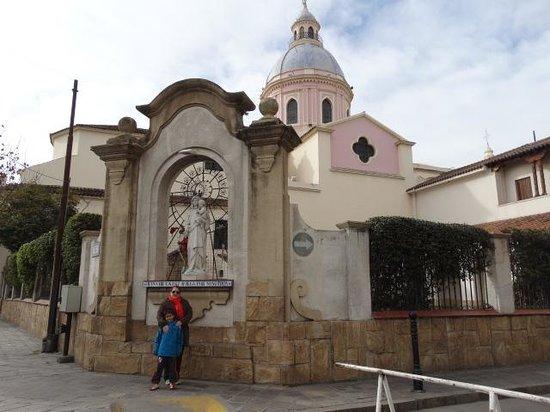 Catedral de Salta: Catedral lado opuesto