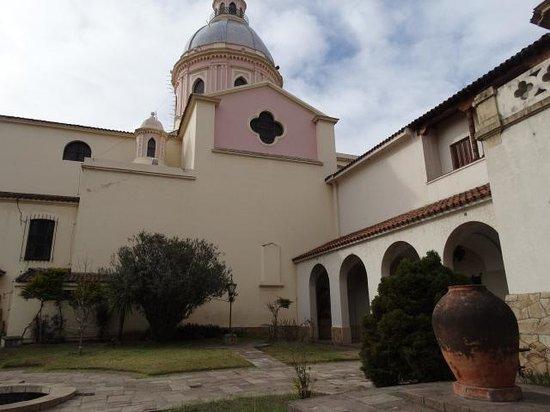 Catedral de Salta: Patio de la Catedral