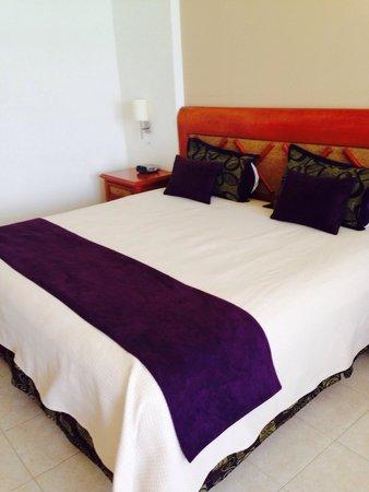 Golden Parnassus All Inclusive Resort & Spa Cancun: Room