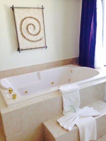 Golden Parnassus Resort & Spa: Upgrade
