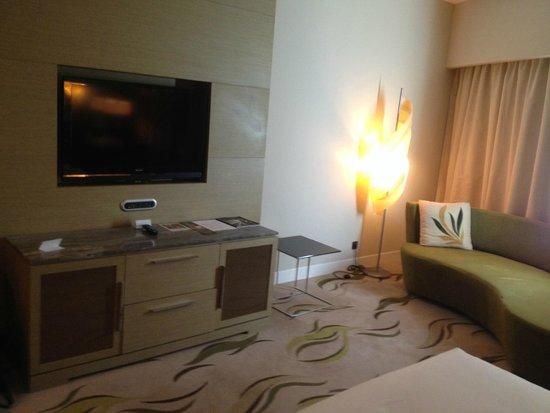 Hilton Capital Grand Abu Dhabi: Room