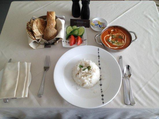 Hilton Capital Grand Abu Dhabi: In room dining