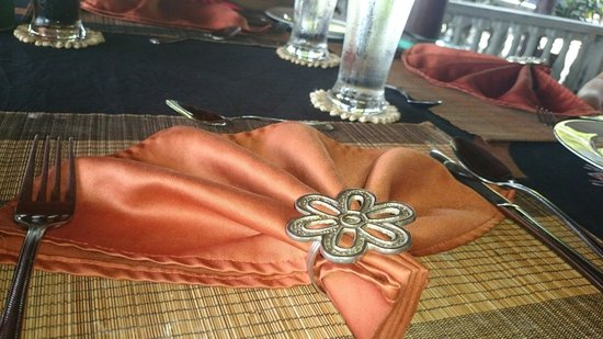 Asian Jewel Boutique Hotel: Table settings