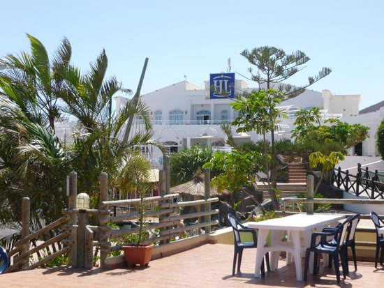 HL Paradise Island: Hotel grounds