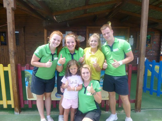 HL Paradise Island: Kids Club Team - Brilliant
