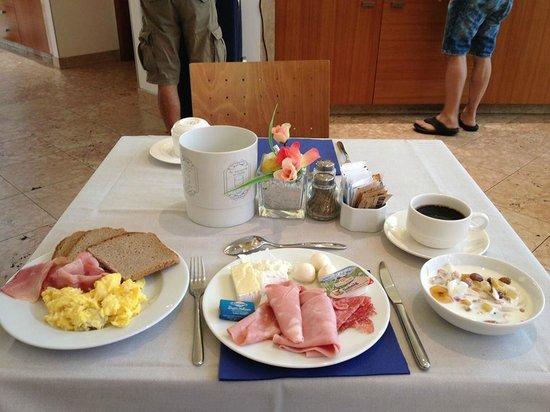Hotel Fiera: breakfast
