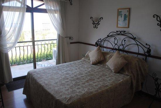 The Hideaway Club Hotel: Bedroom