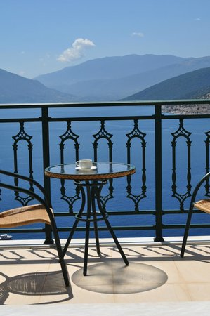 Kefalonia Bay Palace : This is what you call a sea view!