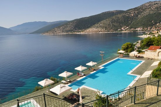 Kefalonia Bay Palace : Very quiet swimming pool area