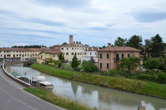 Hotel Villa Franceschi : Вид из окна