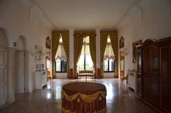 Hotel Villa Franceschi : Холл на втором этаже отеля