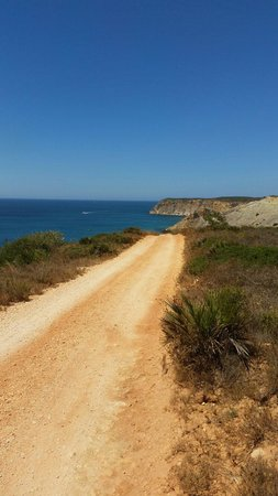 Gorgeous walk to Burgau beach from Salsalito.