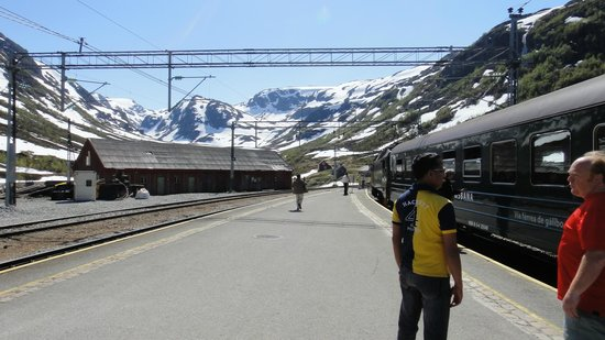 The Flam Railway: stationen