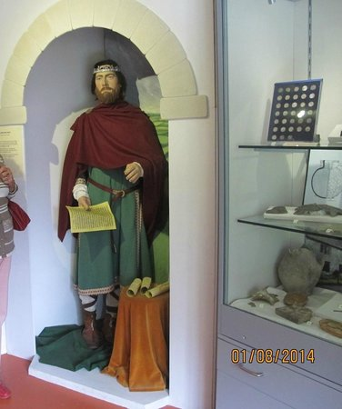 Gold Hill Museum: King Alfred
