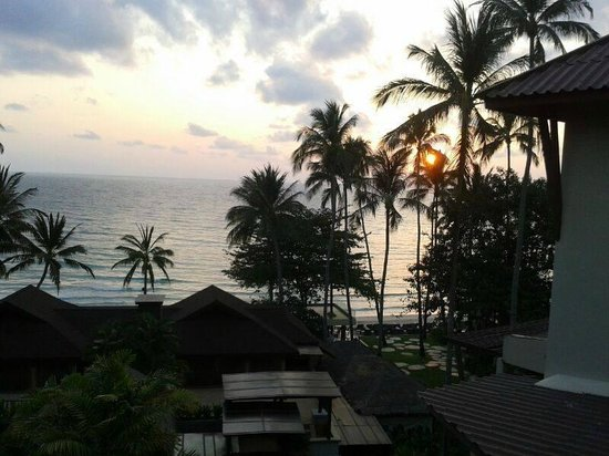 Impiana Resort Chaweng Noi: Sunset