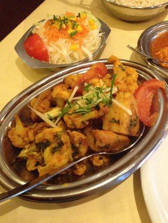 """Indisches Restaurant Maharadscha: aloo gobi - """"trocken"""" und stückig, wie es sich gehört"""