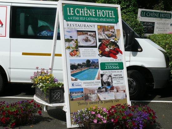 Le Chene Hotel : Voor het hotel