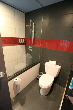 TRYP New York City Times Square South: Salle de bain