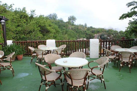 Hotel Villa Janto: Restaurant-Außenbereich
