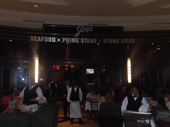 Joe's Seafood Prime Steak & Stone Crab: お店