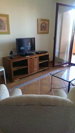 Royal Suites Marbella: TV