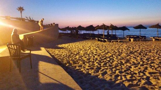 Skanes Family Resort: beach at dusk