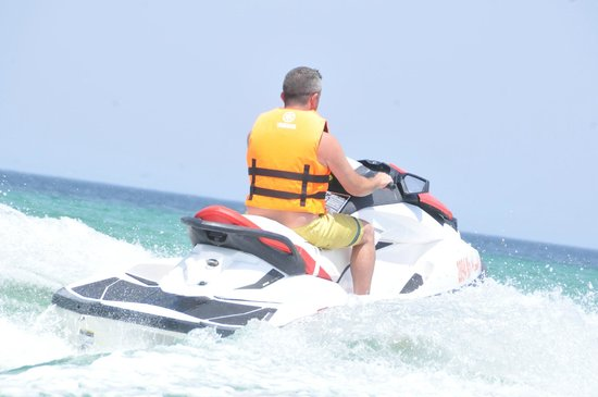Skanes Family Resort: out for a bit of jet skiing