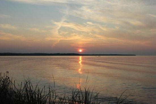 Munising Tourist Park Campground: Sunset over Lake Superior