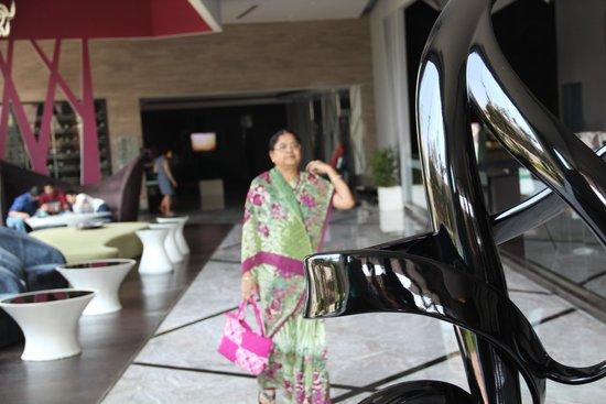 Radisson Blu Agra Taj East Gate: At the reception
