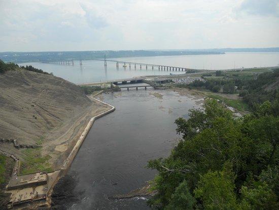 Parc de la Chute-Montmorency : view from bridge