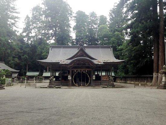 Harimakuni Ichinomiya Iwa Shrine : 境内
