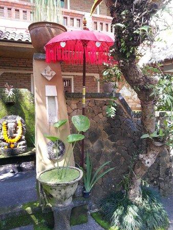 Lumbung Sari Cottages: Entrance