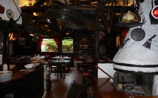 Crepes a Gogo: Une partie de la salle de restaurant