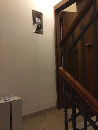 Rose Santamaria Residence: Les couloirs