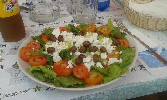Bar Ristorante Amici del Mare: insalata greca freschissima!!!