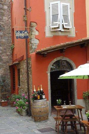 Il Vichingo: Vakre Montecatini Alto - her er det mange fine Restauranter
