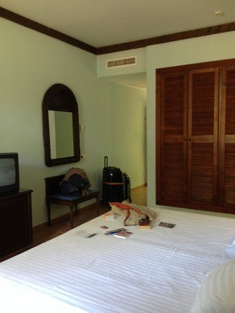 Occidental Jandia Playa : chambre avec un très grand placard