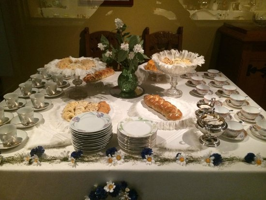 Nordic Museum: Table setting with pastries