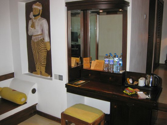 Amaya Lake : livingroom