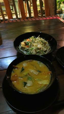 Relax @ Samui : Tom Yum Veg and Sprouts and Tofu...