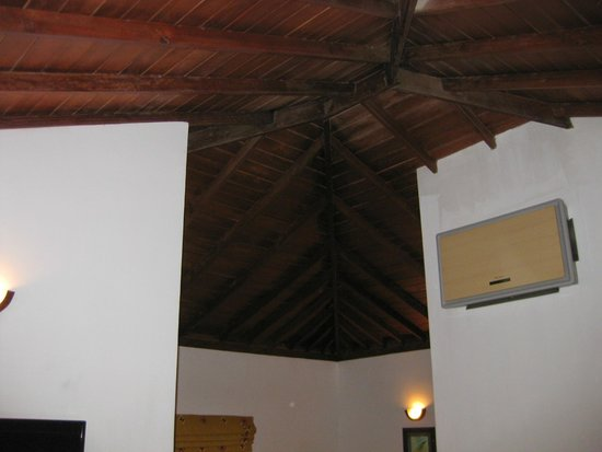 Amaya Lake : nice, wooden ceiling
