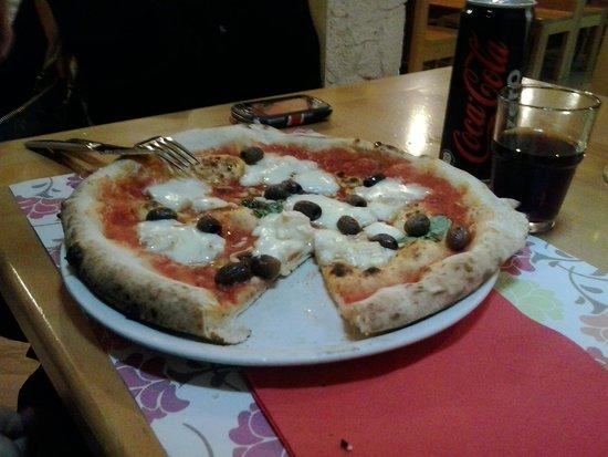 Pizzeria Ristorante Piedigrotta La Vera Pizzeria Varesotta: buona