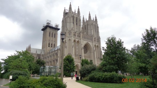 Washington National Cathedral: front view