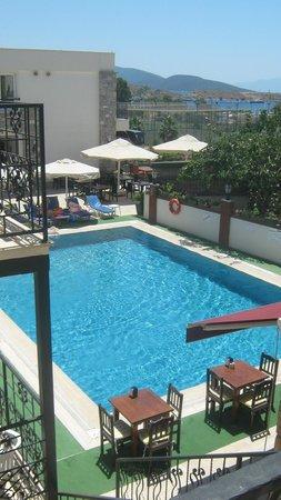 Pool at kaseria