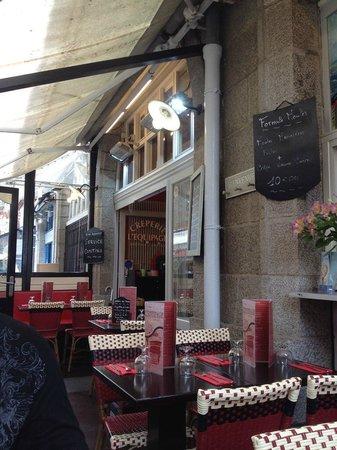 L'Equipage Crêperie : terrasse et cadre chaleureux
