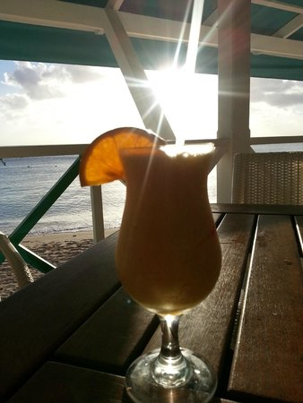 Mullins Beach Bar: The Reef Runner