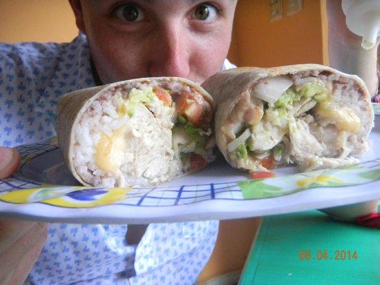 Burritos Gorditos: Pollo burrito. I want more!