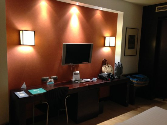 Eurostars i-Hotel: 4